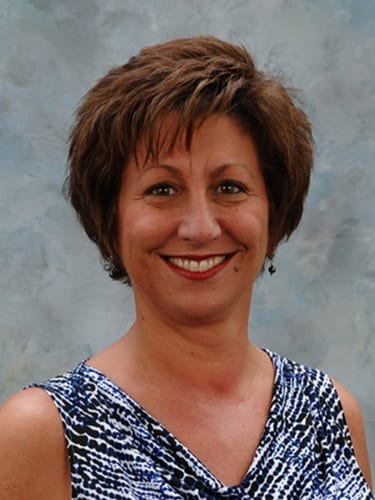 Property Manager Celebrates 21 Years with NAI Isaac